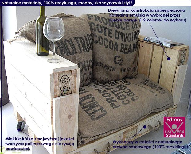 fotel z palet na kółkach