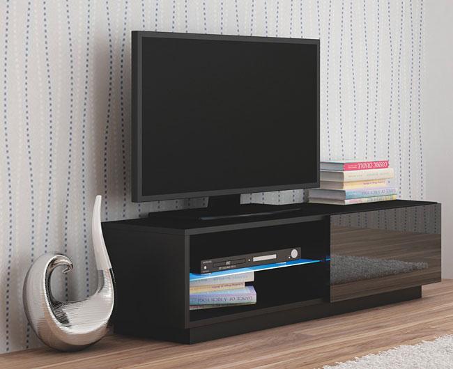 Stojąca czarna lakierowana szafka RTV Vomes 4X