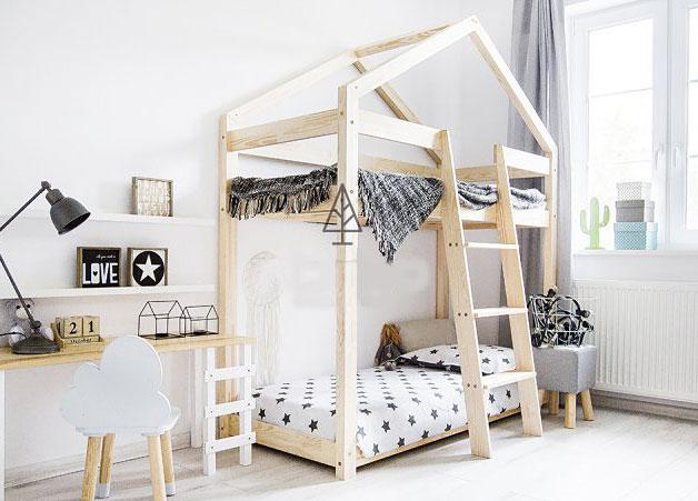 łóżko drewniane piętrowe domek
